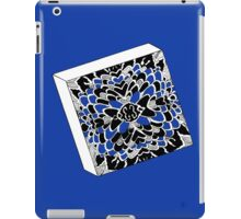 The Cube in Blue - Würfel in Blau iPad Case/Skin