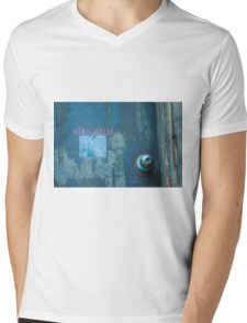 Ring Belly Mens V-Neck T-Shirt
