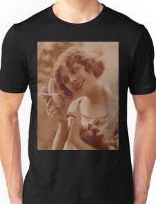 A timeless bite of seduction Unisex T-Shirt