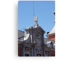 Madrid- Building 3 Canvas Print