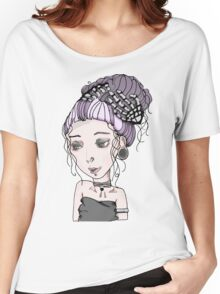 CREEPY GIRL Women's Relaxed Fit T-Shirt