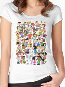 PEANUTS FAMILY Women's Fitted Scoop T-Shirt