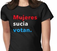 Mujeres sucia votan 2.0 Womens Fitted T-Shirt