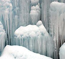 Ice fountain by Arie Koene