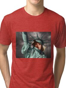 Mia Wallace Statue of Liberty Tri-blend T-Shirt