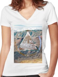 The Hills have Vibes Women's Fitted V-Neck T-Shirt
