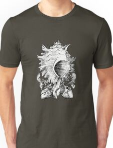snail of hearts [black and white] Unisex T-Shirt