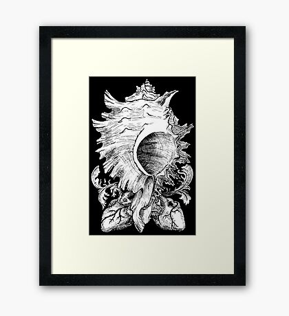 snail of hearts [black and white] Framed Print