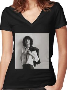 Patti Smith Women's Fitted V-Neck T-Shirt