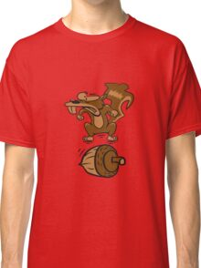 Eichhörmchen witzig nuss wütend  Classic T-Shirt
