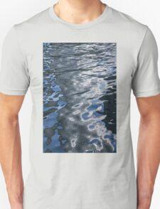 Dreaming of Silk Dresses - Mesmerizing Liquid Curls, Twists and Zigzags Unisex T-Shirt