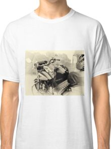 Born To Live, Live To Ride Classic T-Shirt