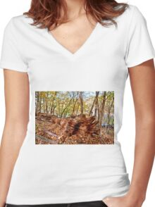 Sleeping Tree Women's Fitted V-Neck T-Shirt