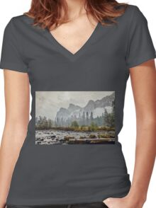 Rivers and Roads Women's Fitted V-Neck T-Shirt