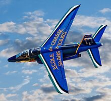 Alpha Jet E-107 F-TEUD rolling by Colin Smedley