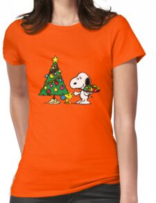 crhismas snoopy and frend Womens Fitted T-Shirt