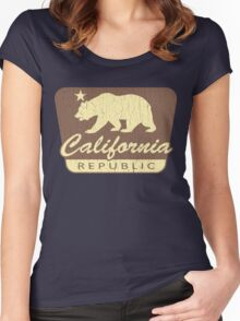 Distressed Cali Park Women's Fitted Scoop T-Shirt