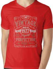 Made In 1977 Birthday Gift Idea Mens V-Neck T-Shirt