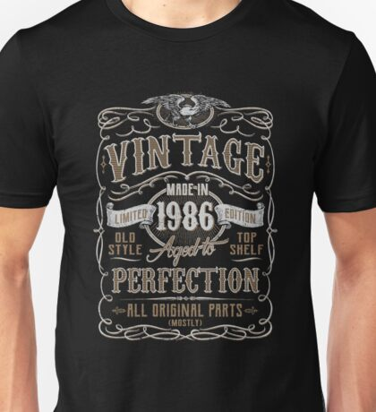 Made In 1986 Birthday Gift Idea Unisex T-Shirt