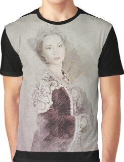 Elizabeth Graphic T-Shirt