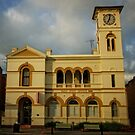 29/10/2016, 7.01AM Yass Historic Post Office (Yass/NSW/Australia) by Wolf Sverak