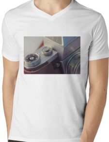 Abstract view of  Praktica Vintage 35mm camera, showing the lens, ISO, fstops and body Mens V-Neck T-Shirt