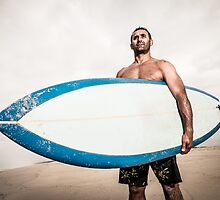 Surfer wathing the waves by homydesign