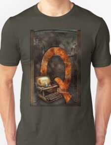 Steampunk - Alphabet - Q is for Qwerty T-Shirt