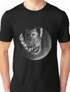 CIRCLE ART - CAT WALKS ON WIRE Unisex T-Shirt