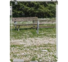 flowery meadow with daisies iPad Case/Skin