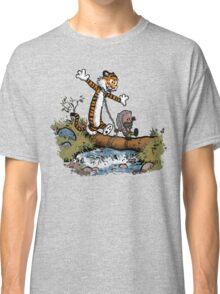 Survivor friends Classic T-Shirt