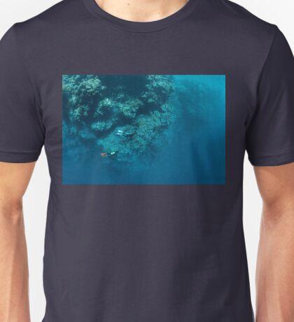 Wall Diving Unisex T-Shirt