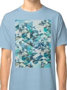 THE MOUNTAINS CALL Classic T-Shirt
