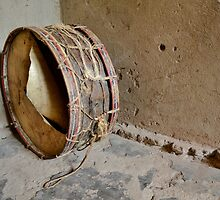 drum  in the african hut by spetenfia