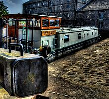 Leeds & Liverpool Canal Lock by Andrew Pounder