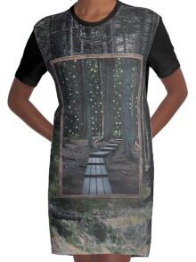 Mirror Of The Soul Robe t-shirt