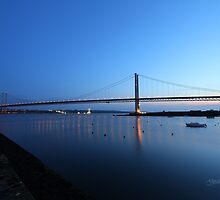 The Forth Road Bridge from North Queensferry by Jonathan Cox