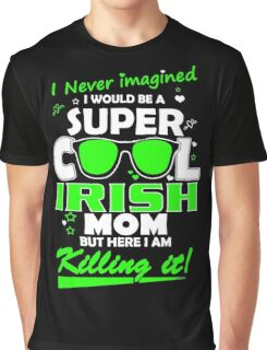 Mom - Irish Mom Graphic T-Shirt