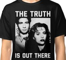 X-Files The Truth is out there Black Shirt Classic T-Shirt