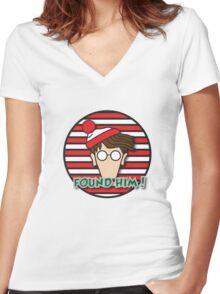 Found Waldo! Women's Fitted V-Neck T-Shirt