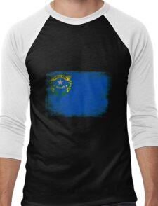 Nevada State Flag Distressed Vintage  Men's Baseball ¾ T-Shirt