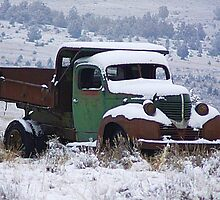 Vintage Dump Truck in the Snow by mrsroadrunner