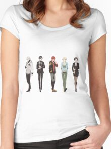 Cutout Group Women's Fitted Scoop T-Shirt
