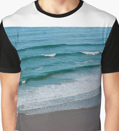 Paradise Waves Graphic T-Shirt