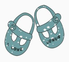 I love Jesus      Kids Tee