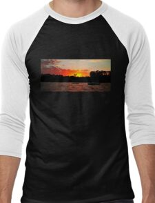 Crimson and Dark Sunrise. Men's Baseball ¾ T-Shirt