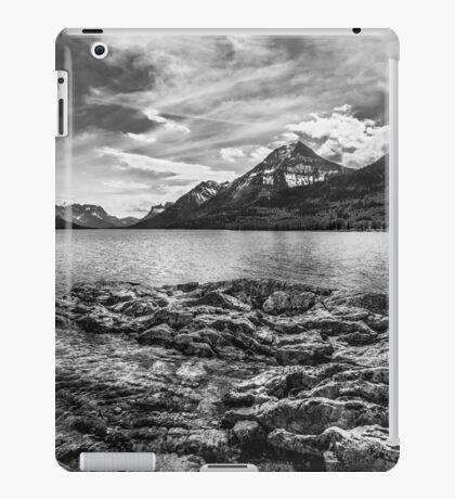 Montana over yonder... BW iPad Case/Skin