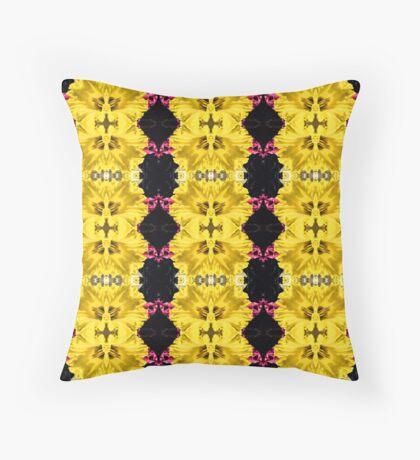 Daffodils (VNS.5) Throw Pillow