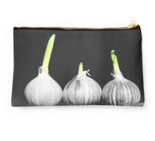 Shallot Sprouting Studio Pouch