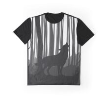 Wolf Howling In Forest Graphic T-Shirt